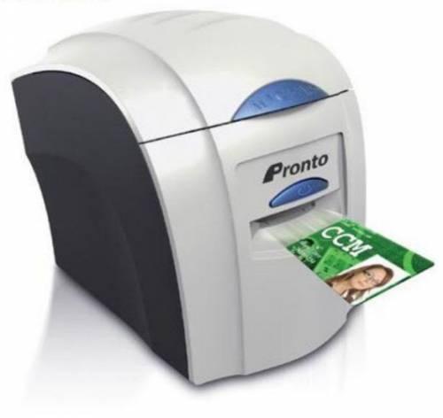 Imprimanta de carduri Magicard Pronto